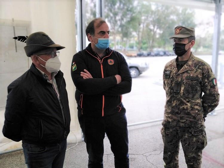 Il Comandante Gianmarco Laurencig visita il Centro Vaccinale Val Pescara
